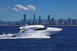 2014 - Riviera Boats - 5800 Sport Yacht
