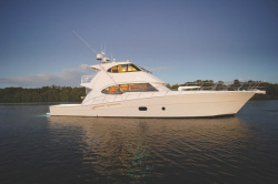 2014 - Riviera Boats - 75 Enclosed Flybridge
