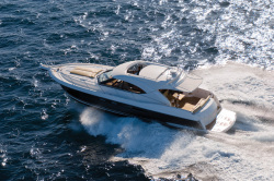 2013 - Riviera Boats - 5000 Sport Yacht with Zeus
