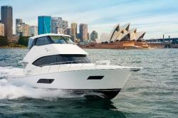 2014 - Riviera Boats - 50 Enclosed Flybridge