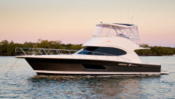 2018 - Riviera Boats - 45 Open Flybridge