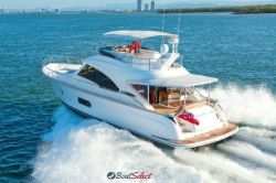 2018 - Riviera Boats - 54 Daybridge Belize