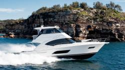 2020 - Riviera Boats - 57 Enclosed Flybridge