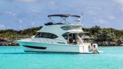 2020 - Riviera Boats - 39 open Flybridge