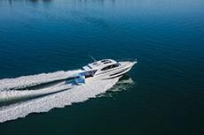 2020 - Riviera Boats - 395 SUV