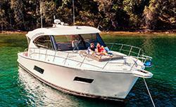 2020 - Riviera Boats - 525 SUV