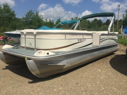 2002 - Bennington Boats - 2550RL