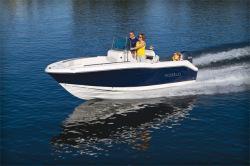 2012 - Robalo Boats - R200