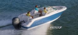 2014 - Robalo Boats - R227