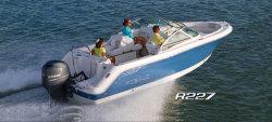 2015 - Robalo Boats - R227