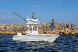 2018 - Robalo Boats - 246 Cayman SD