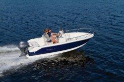 2018 - Robalo Boats - R160