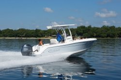 2019 - Robalo Boats - R222EX