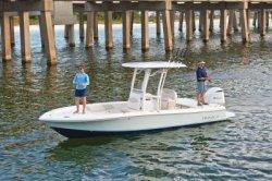 2019 - Robalo Boats - 246 Cayman