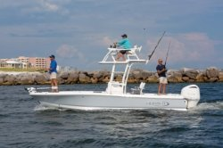 2020 - Robalo Boats - 246 Cayman SD