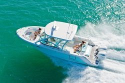 2021 - Robalo Boats - R317