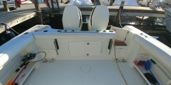 2017 - Hurricane Deck Boats - SD 2200 OB