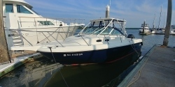 2001-boston-whaler-boats-28-conquest boat image