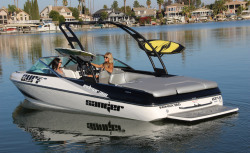2020 - Sanger Boats - V237 S