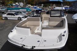 2019 - Lund Boats - 1975 Pro-V