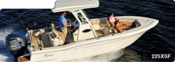 2014 - Scout Boats - 225 XSF