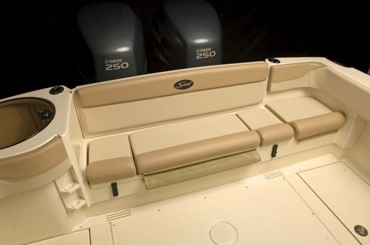 l_295abaco_rearseating