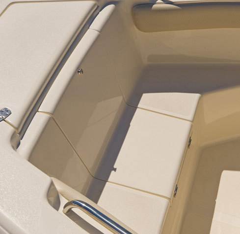 l_210xsf-bow-seating6