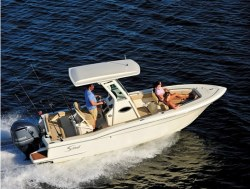 2015 - Scout Boats - 225 XSF