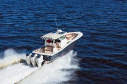 2018 - Scout Boats - 355 LXF