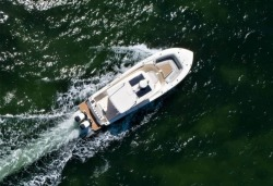 2020 - Scout Boats - 330 LXF