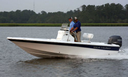 2012 - Sea Hunt Boats - XP 21