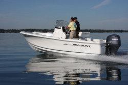 2012 - Sea Hunt Boats - Triton 202