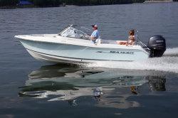 2012 - Sea Hunt Boats - Escape 207 LE