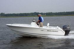 2013 - Sea Hunt Boats - Triton 188