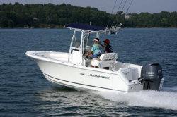 2013 - Sea Hunt Boats - Triton 225