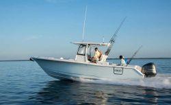 2017 - Sea Hunt Boats - Gamefish 30 with Forward Seating