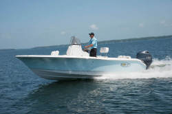 2018 - Sea Hunt Boats - Ultra 196