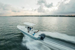 2019 - BX 25 FS - Sea Hunt Boats