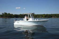 2020 - Sea Hunt Boats - Triton 225