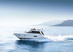 2017 - Sealine Boats - F450