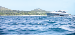 2018 - Sealine Boats - S330