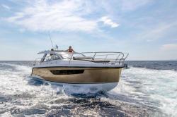 2019 - Sealine Boats - S330V