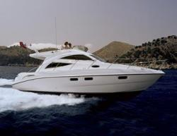 Sealine Boats F-34 Fly Bridge Boat
