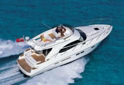 Sealine Boats F-425 Fly Bridge Boat