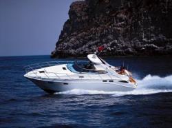 Sealine Boats S-42 V-Drive Cruiser Boat