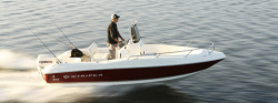 2012 - Seaswirl Boats - 1905 Center Console OB