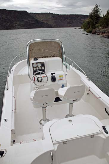 l_Seaswirl_Boats_1851_Center_Console_O_B_2007_AI-234548_II-11267107
