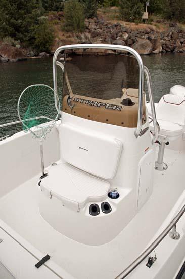 l_Seaswirl_Boats_1851_Center_Console_O_B_2007_AI-234548_II-11267112