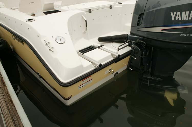 l_Seaswirl_Boats_1851_Dual_Console_O_B_2007_AI-234526_II-11266425
