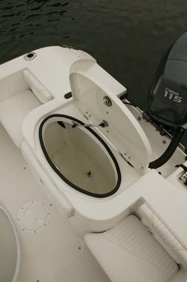 l_Seaswirl_Boats_1851_Dual_Console_O_B_2007_AI-234526_II-11266429